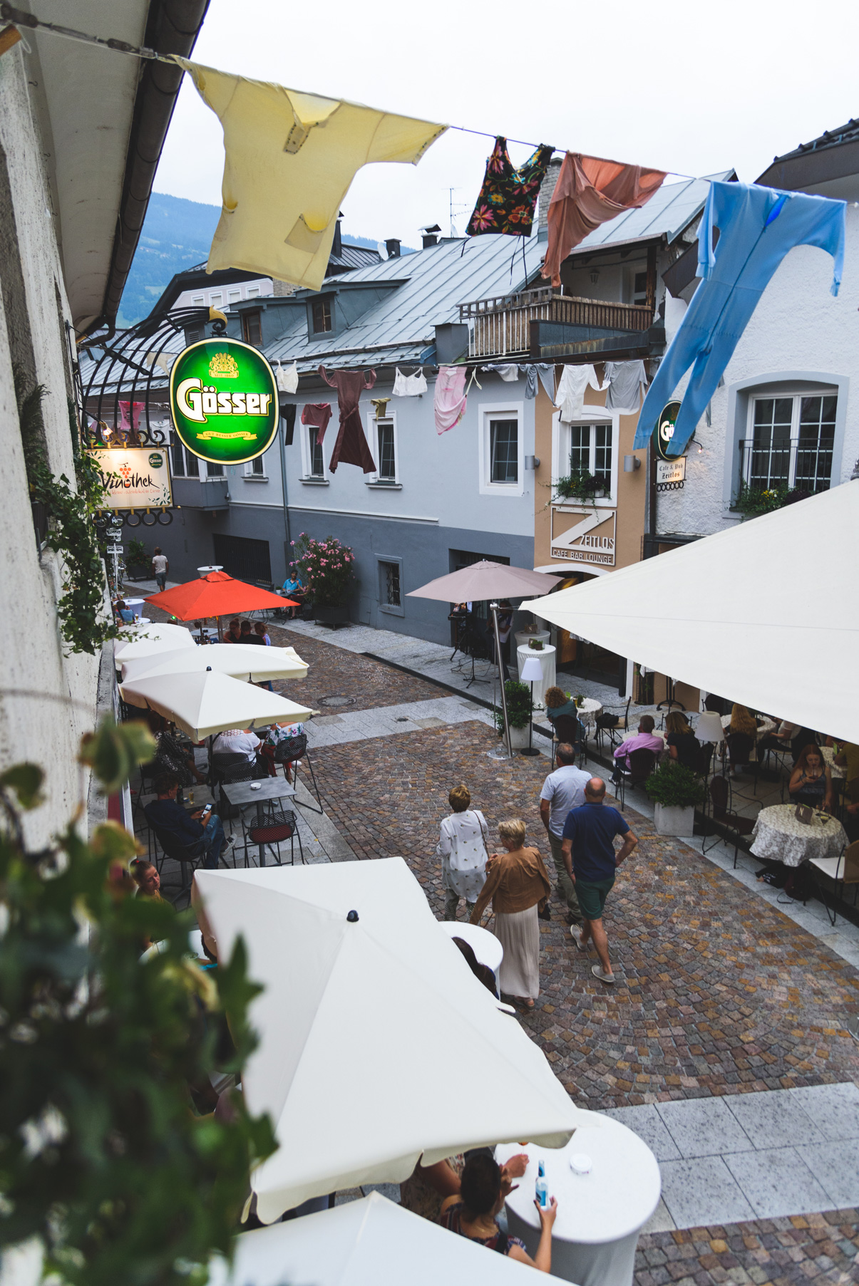 Shopping Night mit Streetfood | Vinothek Lienz